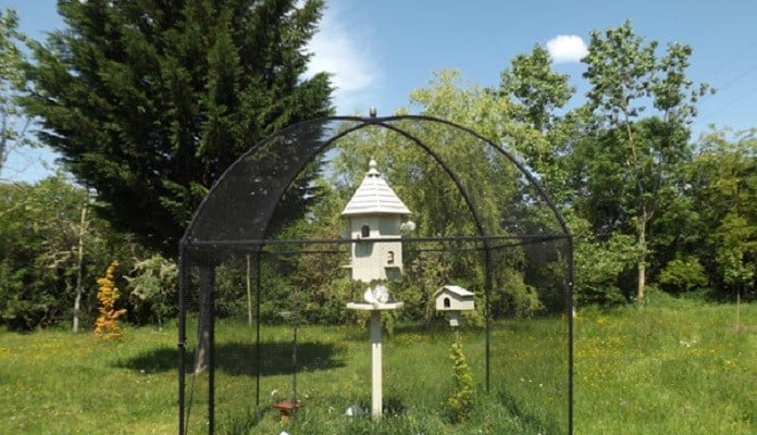 3m x 3m Dome Roof Steel Fruit Cage with Pineapple Finial, Mrs Deakin - France