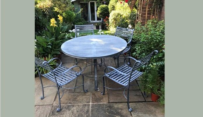 1.8m Garden Bench, Mrs Norgett - Staffordshire