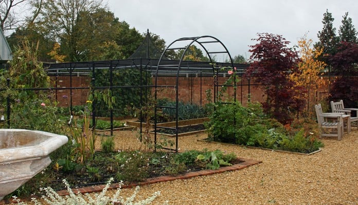 Fruit Cage Steel Peak for Brassicas and Arch Fence System 1