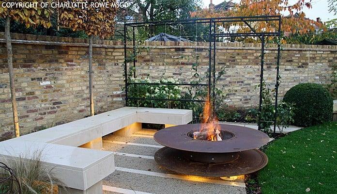 Contemporary Arch Daytime, Charlotte Rowe - Charlotte Rowe Garden Design
