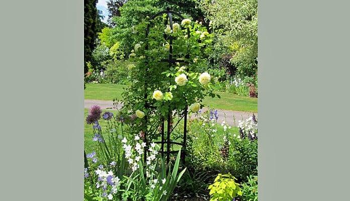Steel Round Obelisk, Mr Theobald - Nottinghamshire