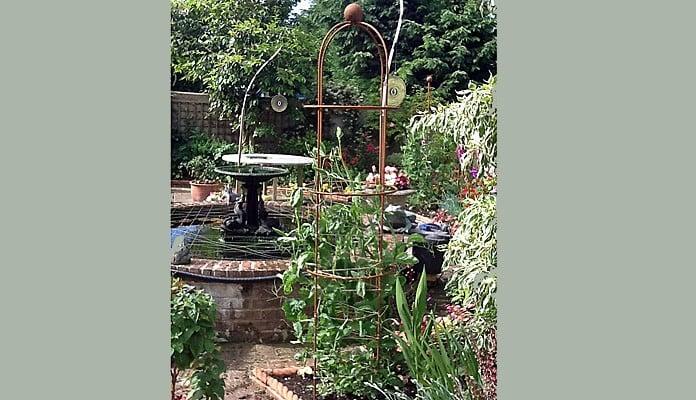 Rust Round Column Wire Obelisk, Mr Dalzell - Cambridgeshire