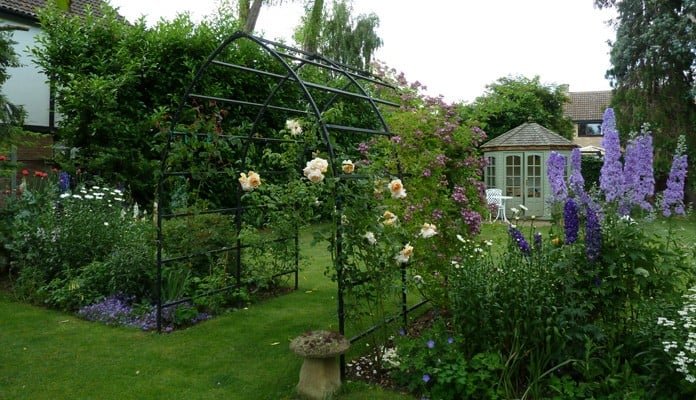 Gothic Rose Arch, Mr. Noble