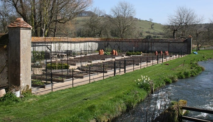Walled Garden Estate Fencing Complete 3