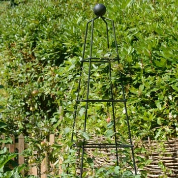 Harrod Vintage Pyramid Wire Obelisks
