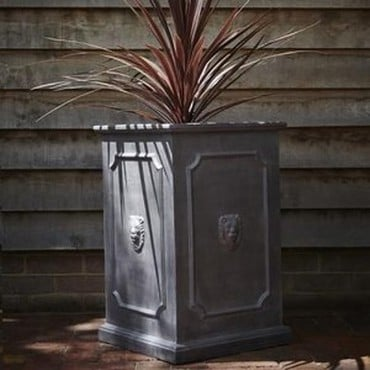 ClayFibre Tall Lion Head Planter