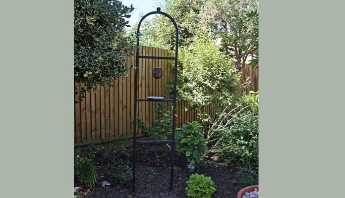 Arch Topped Bird Feeding Station