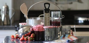 Create your own jams & preserves