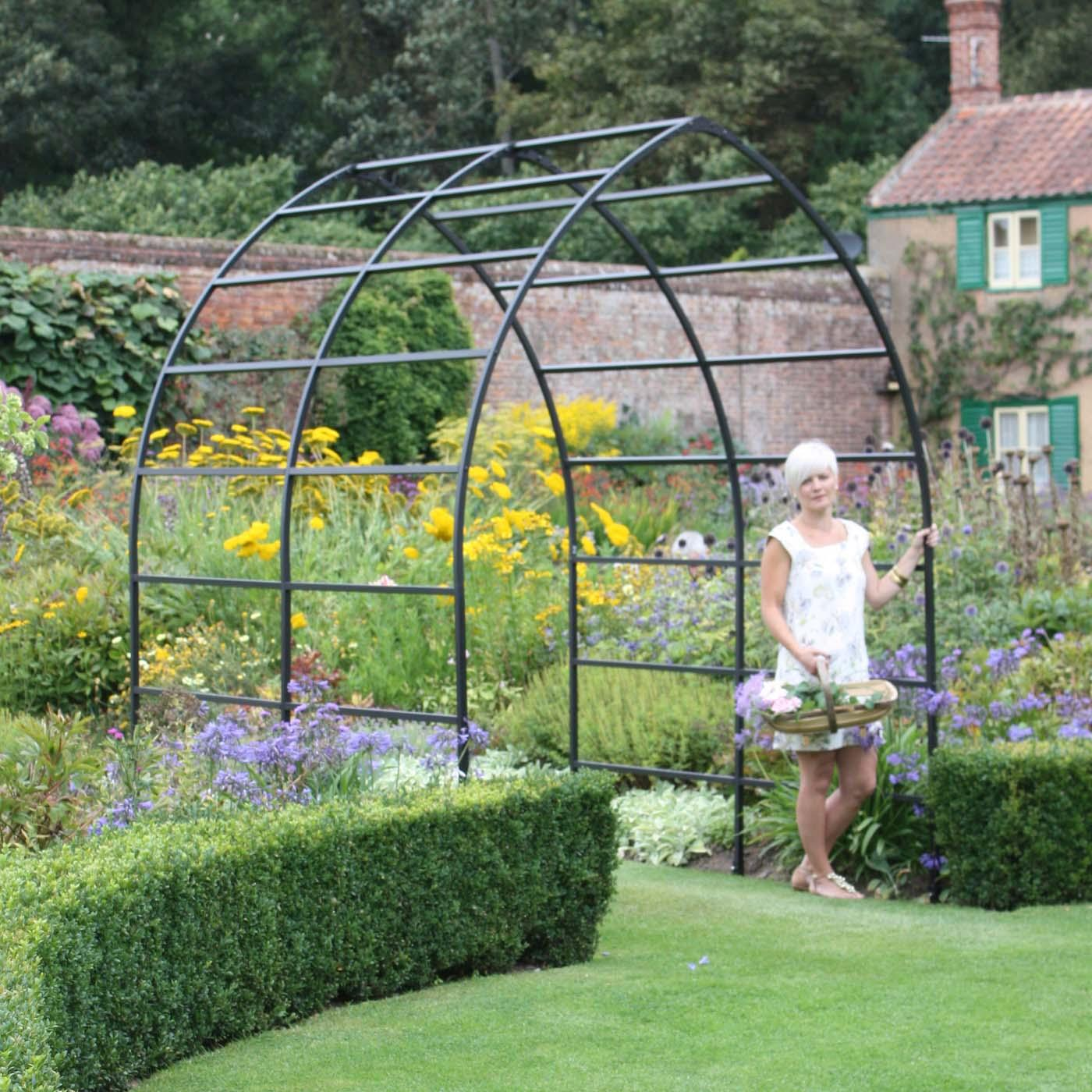 Gothic Arch Metal Garden Pergola - Harrod Horticultural (UK)