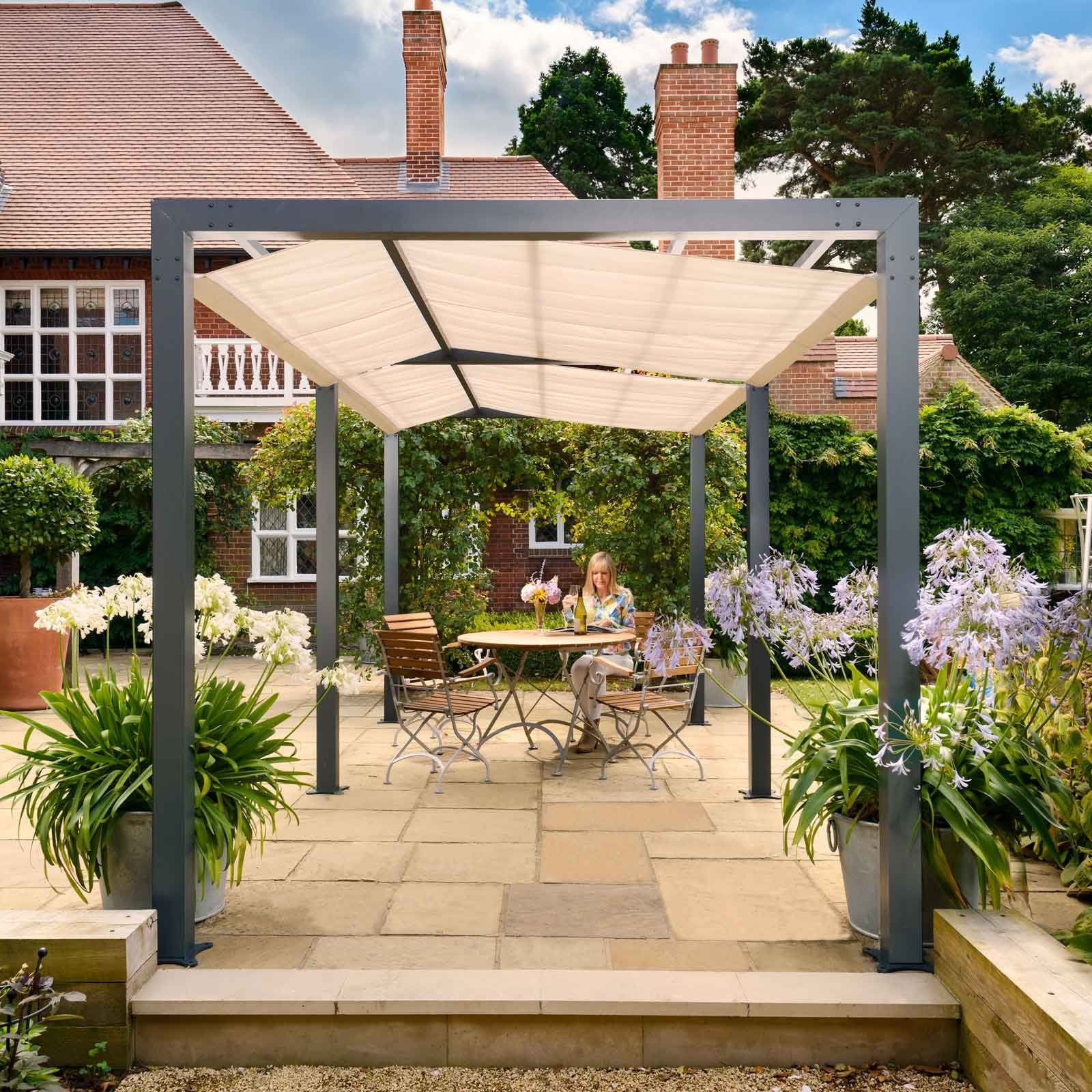 Garden Pergola Designs Uk: Contemporary Arch & Pergola