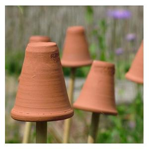 These Terracotta Flowerpot Cane Toppers Are A Stylish Solution For Making Tops Of Bamboo Canes Safe And Long Lasting. Supplied In A Pack Of 5 The Terr
