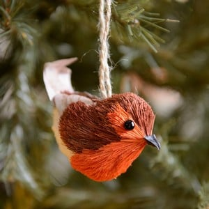 Bristle And Wood Robin Hanging Decoration By Gisela Graham That Will Bring Character And Winter Charm To Any Festive Displayrobin Tree Decoration By G