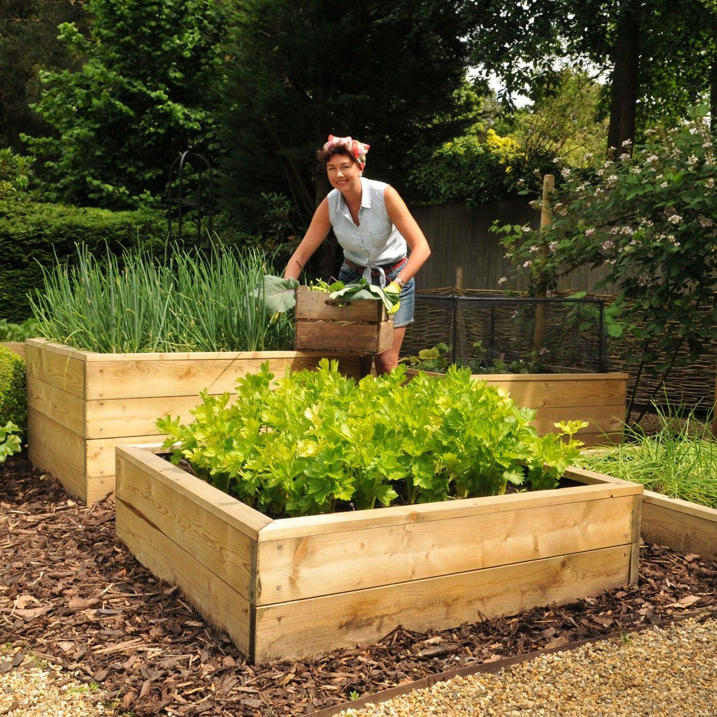 fancy wood raised garden planter ideas
