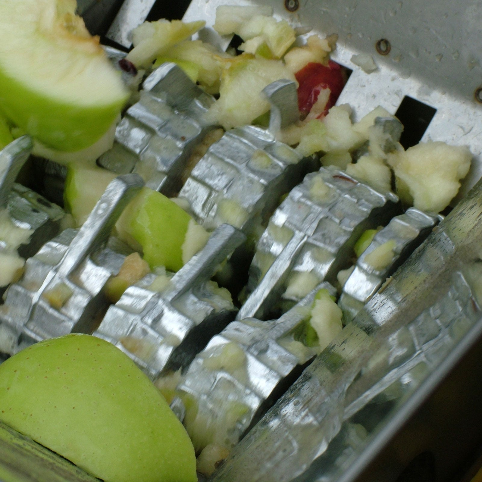 Fruit Crusher Harrod Horticultural Uk