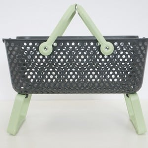 These Garden Harvest Baskets Allow You To Easily Gather And Rinse Vegetables Outdoors And The Fold-out Legs Will Keep The Basket Off The Ground, Allow