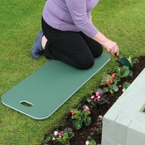 This Extra Large Jumbo Kneeling Mat Makes Tending Beds And Borders Easier With Less Need To Move The Mat As You Work Along. the Triple Later Foam Cons