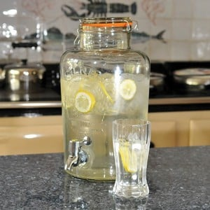 Kilner 8ltr Glass Clip Top Drinks Dispenser