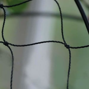 Our Heavy-duty Pea And Bean Netting Is A Superior Quality, Extra Heavy-duty, High Density Polyethylene Netting With A 8cm (3