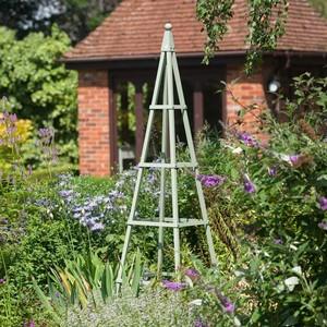 Steel Pyramid Obelisk   Lichen Green
